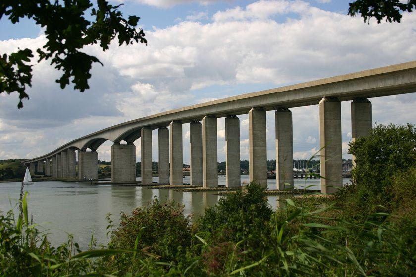 1200px-Orwell-Bridge